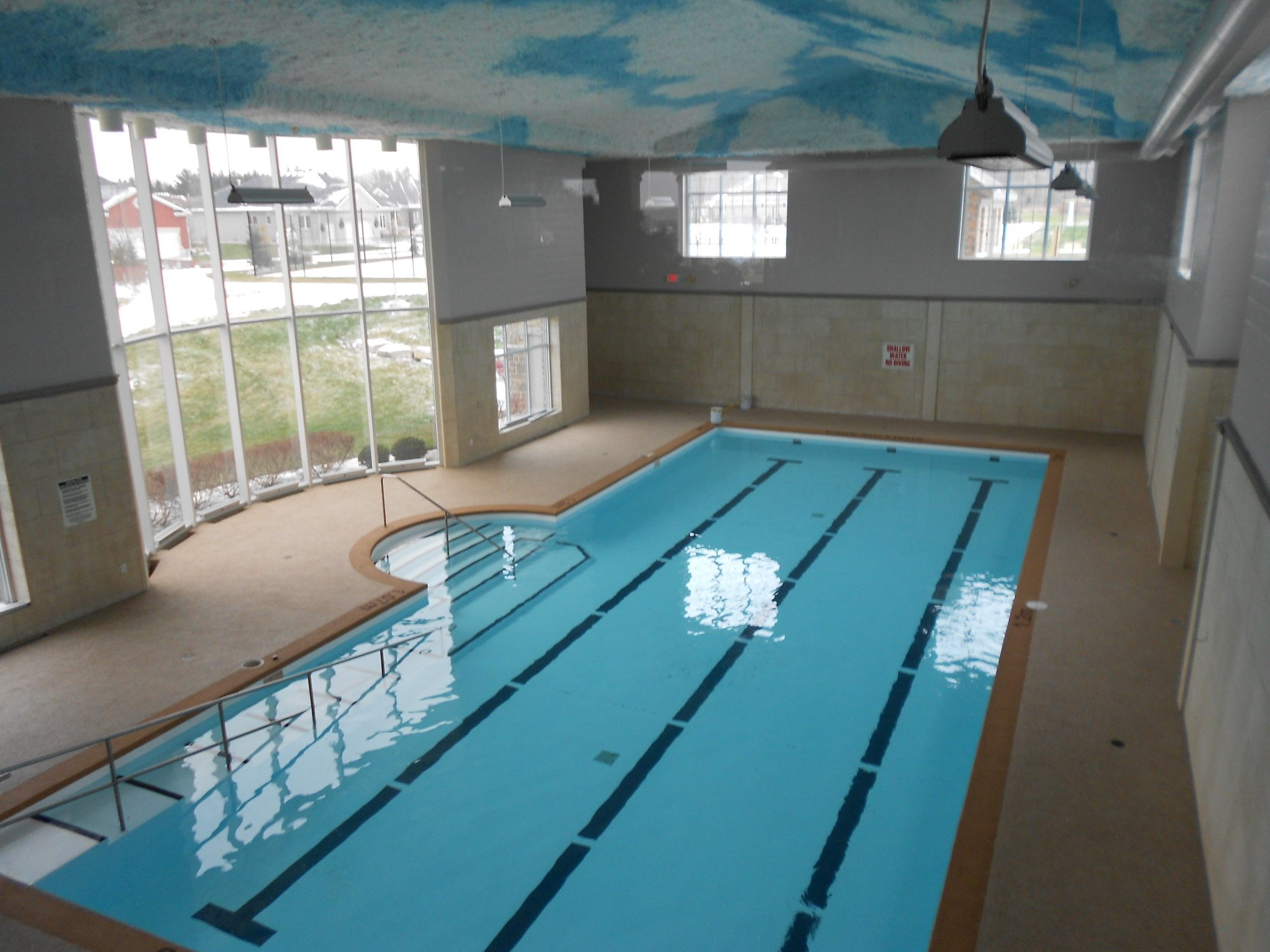 Indoor Pool Deck Rubber Surfacing