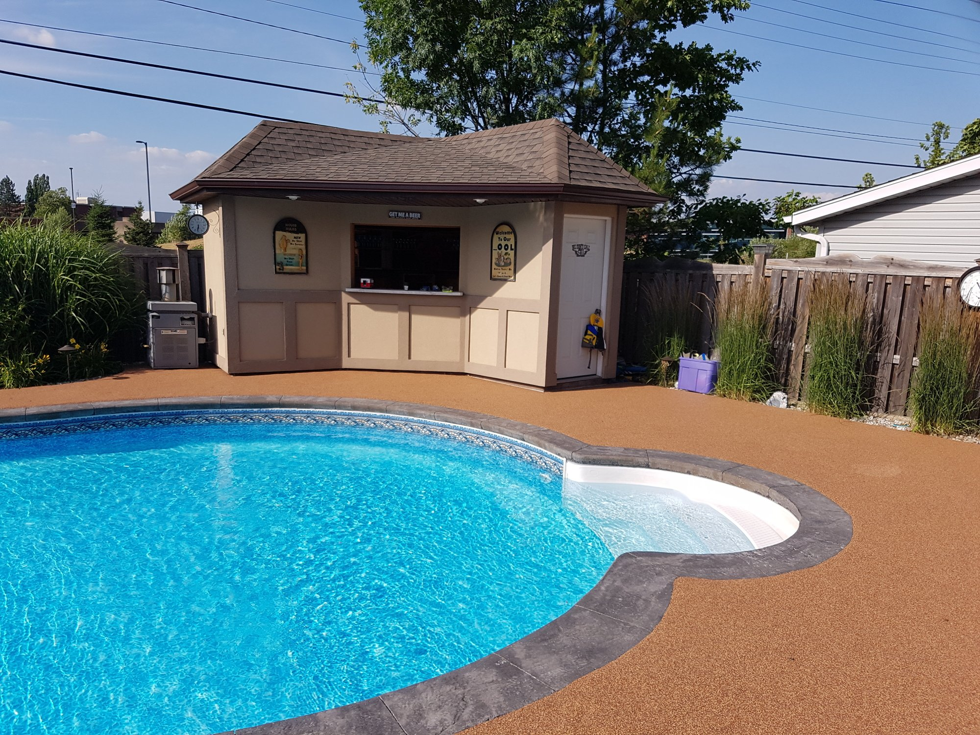 Rubber Surfacing for Pool Decks